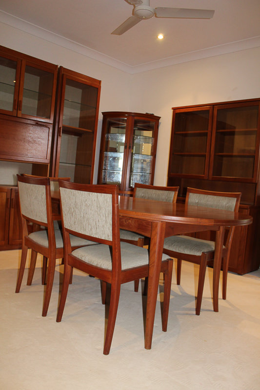 Matching Parker Dining Suite
