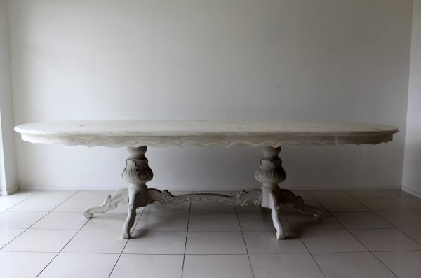 Distressed table, shabby chic