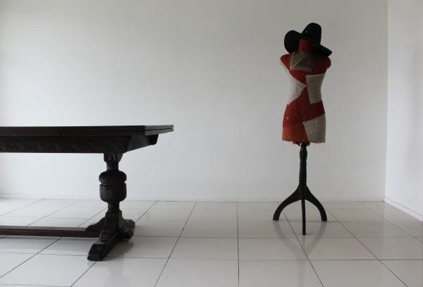 Table Mannequin